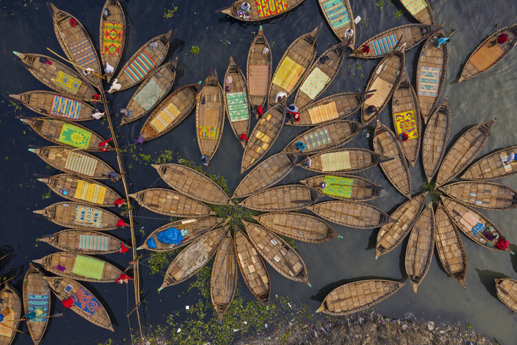 Kunstfotografie Boats shape like petals of a flower