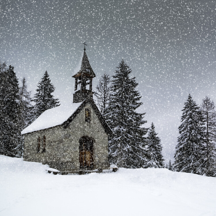 Umělecká fotografie Bavarian Winters Tale Anna Chapel