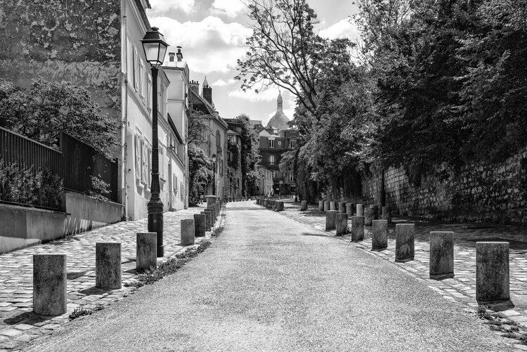 Konstfotografering Black Montmartre - Between the Paved Sidewalks