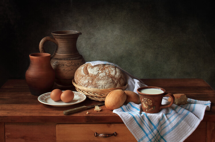 Umelecká fotografie With bread and milk