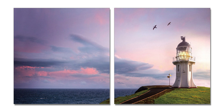 Birds flying over lighthouse Tableau Multi-Toiles