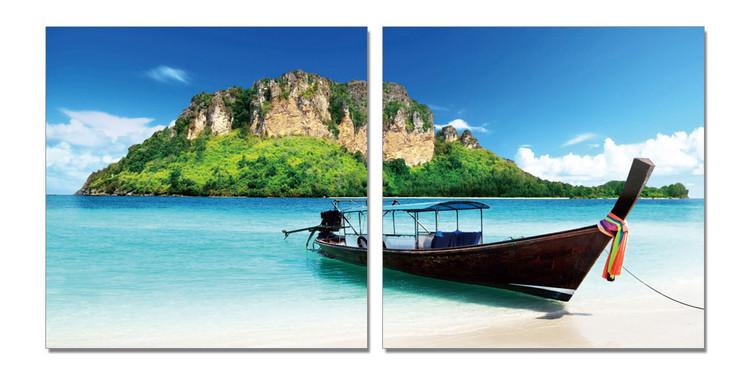 Boat on a sandy beach Tableau Multi-Toiles
