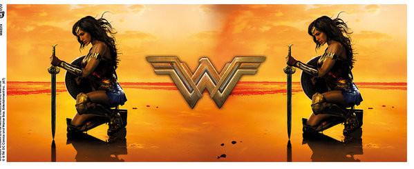 Wonder Woman - Kneel bögre