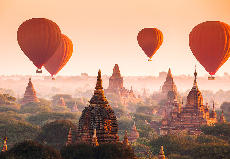Carta da parati Ballons over Bagan
