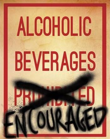 Cartello in metallo Alcoholic Beverages