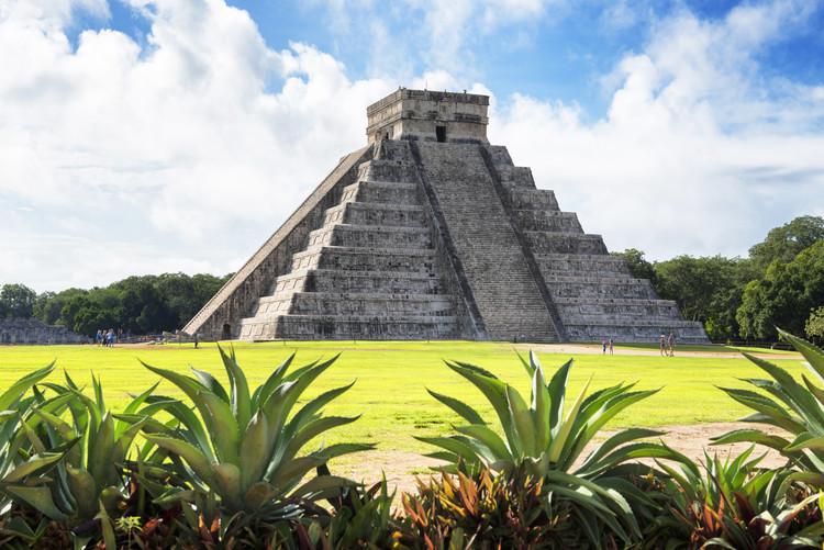 Exklusiva konstfoton El Castillo Pyramid of the Chichen Itza II