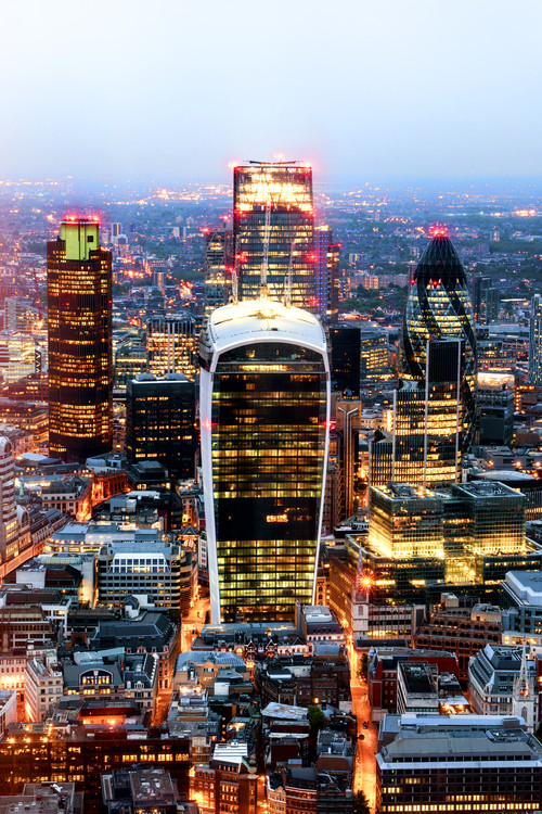 Exklusiva konstfoton View of City of London with The Walkie-Talkie and The Gherkin Buildings