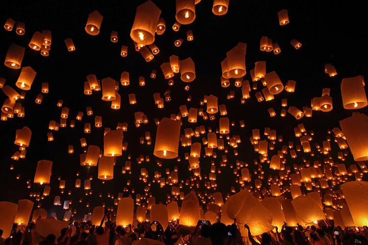 Exklusiva konstfoton Floating Lanterns