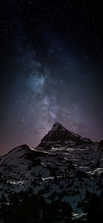 Fotografia artystyczna Astrophotography picture of Pierre-stMartin landscape  with milky way on the night sky.