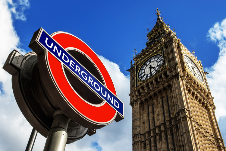 Big Ben and Westminster Station Underground Fototapet