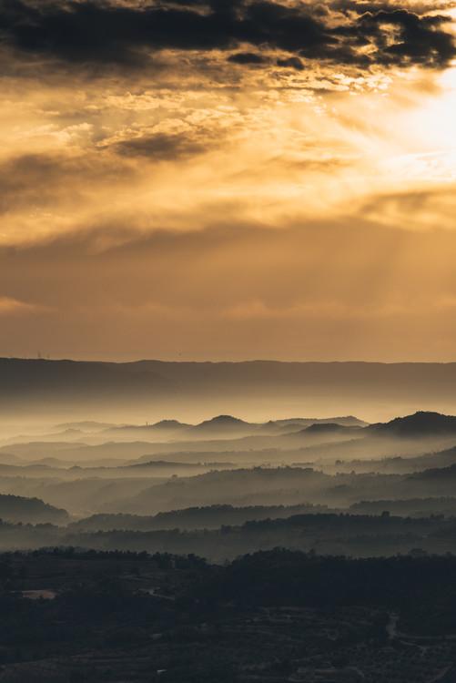 Fog between the valleys Fototapeta