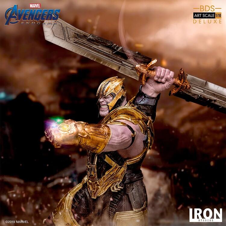 Figurka Avengers: Endgame - Thanos (Deluxe)