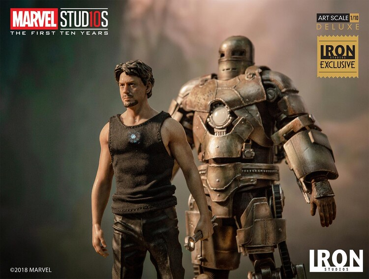Figurka MCU 10 Years - Tony Stark & Mark I
