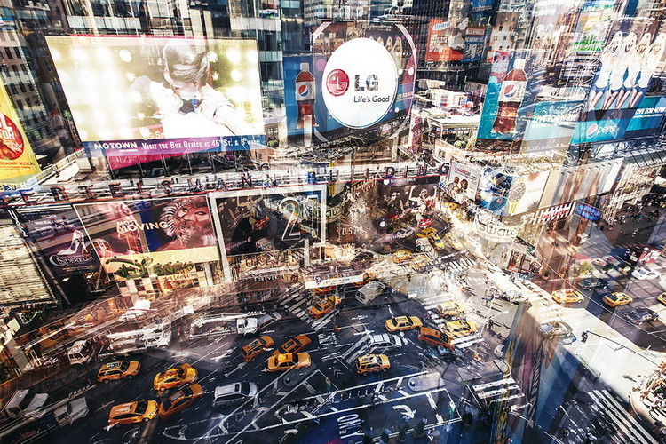 Glasbilder New York - Colored Street
