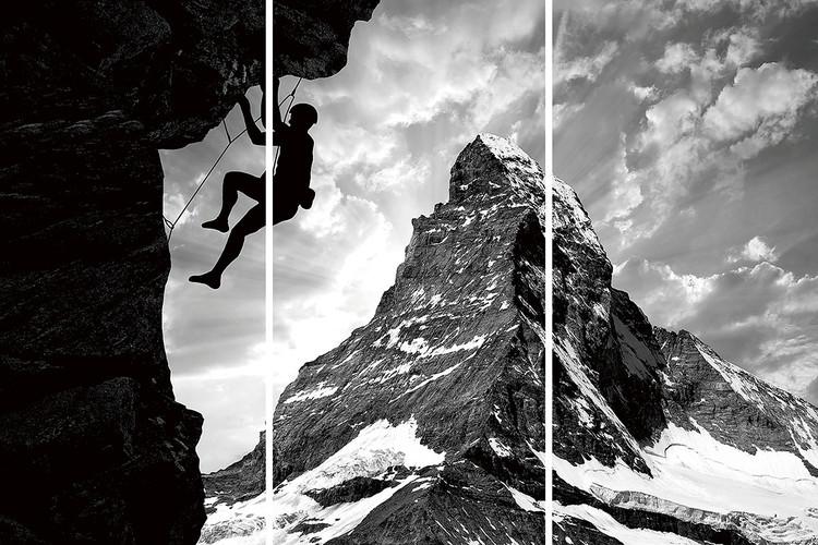 Glasschilderij Be Brave - Climb the Mountain