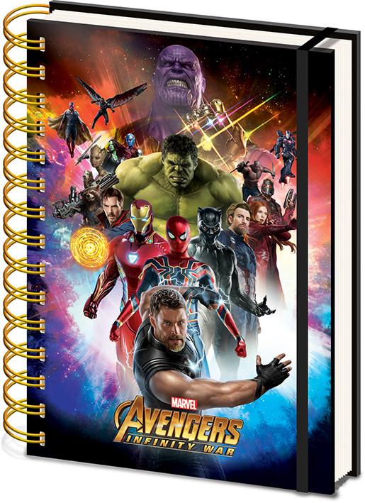 710514896 Avengers: Infinity War - Space Montage Holographic Jegyzetfüzet az  Europosters.hu-n