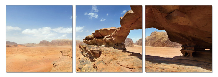 Jordan - Natural bridge and panoramic view of Wadi Rum desert Schilderij