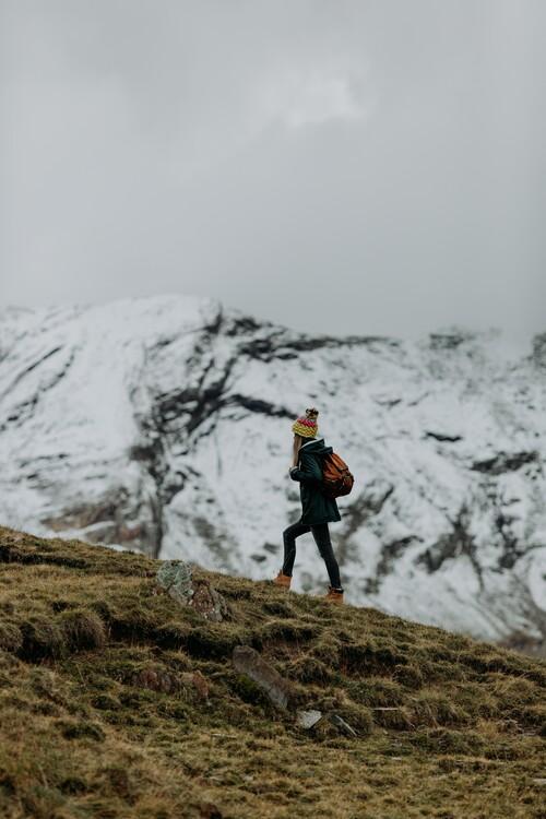 Kunstfotografier Hiking in winter