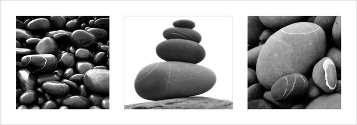 Stones Triptych Kunsttrykk