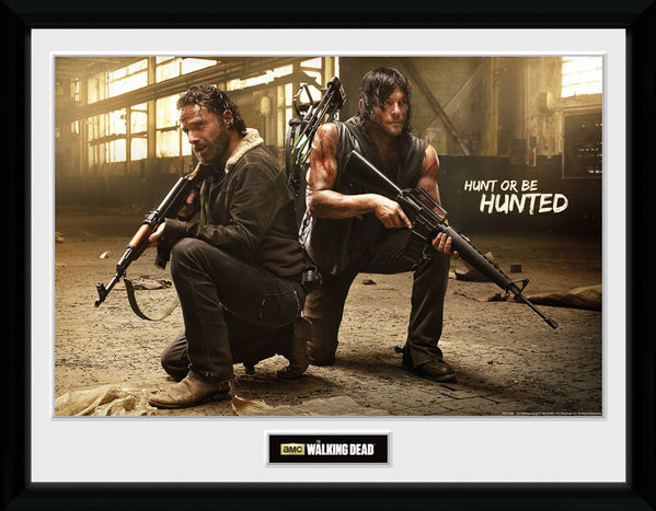 Poster enmarcado The Walking Dead - Rick and Daryl Hunt