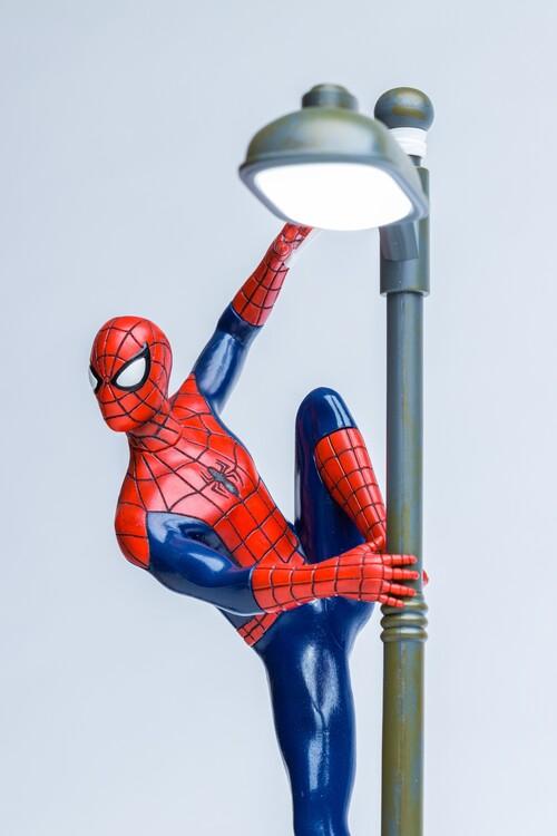 Lampe v Spider-Man
