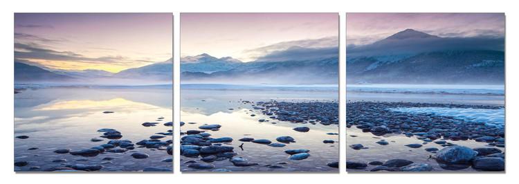 Mountains - Winter Lake Schilderij