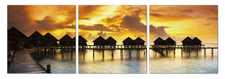 Silhouettes of cabins at sea Obraz