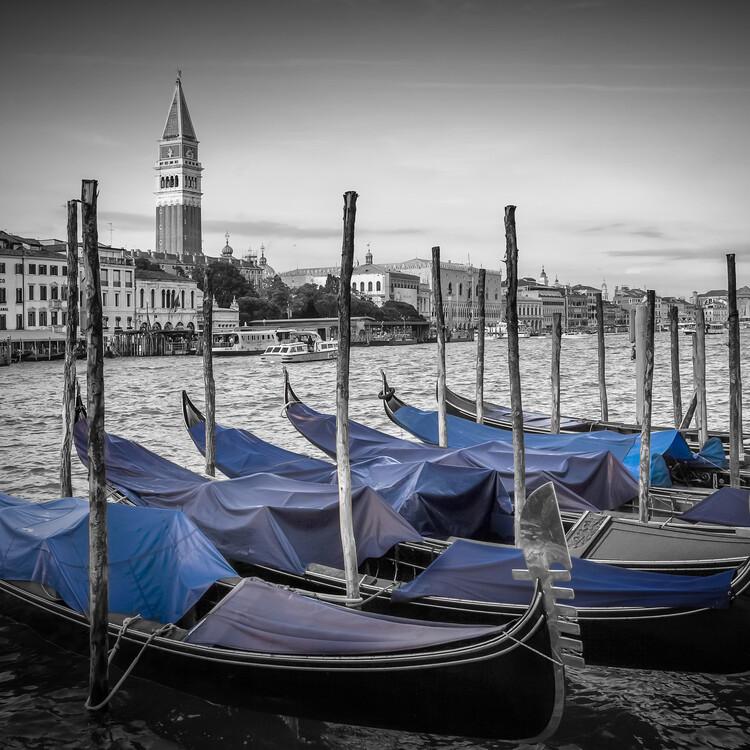 Obraz na plátně VENICE Grand Canal and St Mark's Campanile