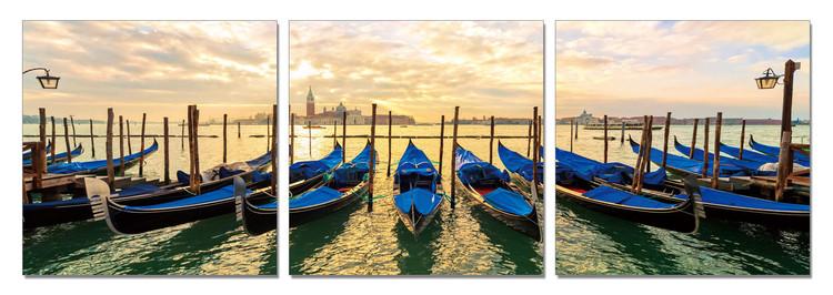 Obraz Benátky - Přístaviště gondol po ránu