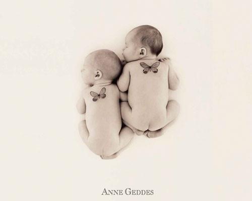 Plakat Anne Geddes - 2 butterflies