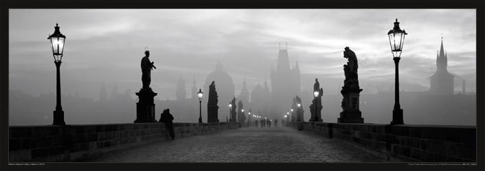 Plakát Praha - Karlův most / lampy čb