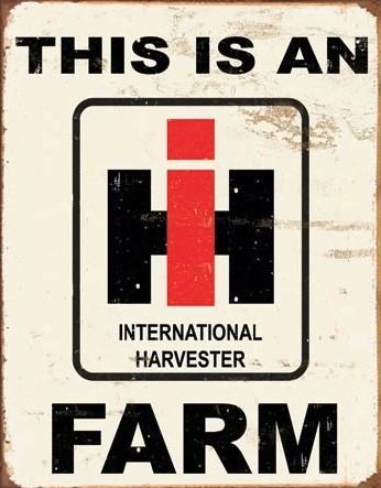 Plechová cedule  IH Farm