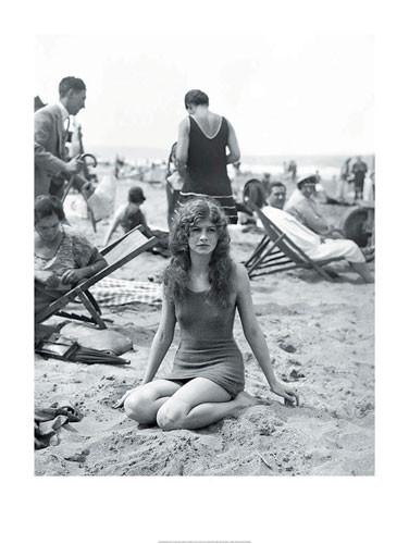 Baigneuse sur la plage  Kunstdruk