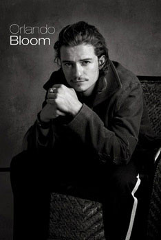 Poster Orlando Bloom - sitting