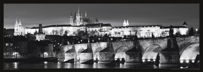 Póster Prague – Prague castle / night b&w