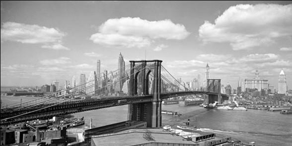 Brooklyn Bridge & City Skyline 1938 Reproducere