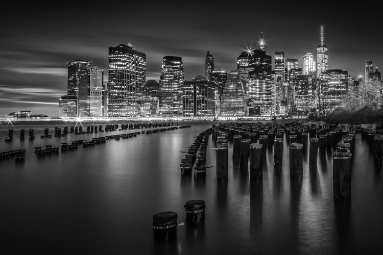 Manhattan Skyline at Sunset | Monochrome Poster Mural XXL