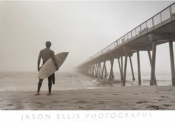 Poster In the Mist - Surfer
