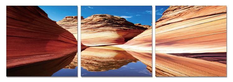 River flows in Canyon Moderne billede