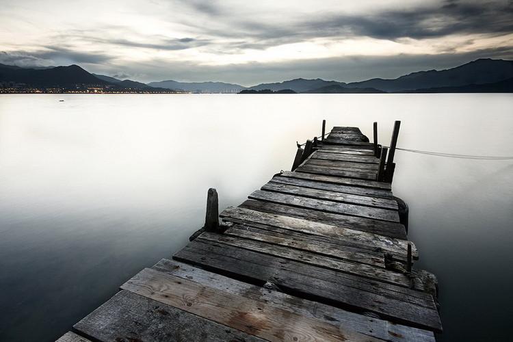 Skleněný Obraz Molo vedoucí do jezera