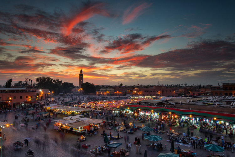 Stampa su Tela Sunset over Jemaa Le Fnaa Square in Marrakech, Morocco