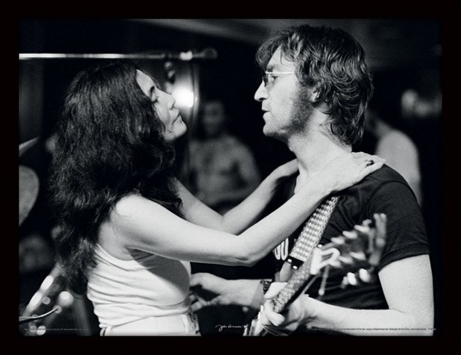 JOHN LENNON - John & Yoko / Bob Gruen tablou Înrămat cu Geam