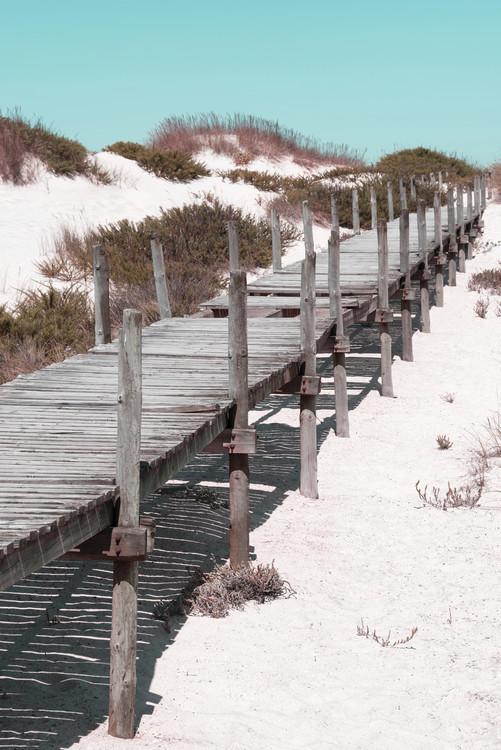 Umjetnička fotografija Wooden Pier on the Beach