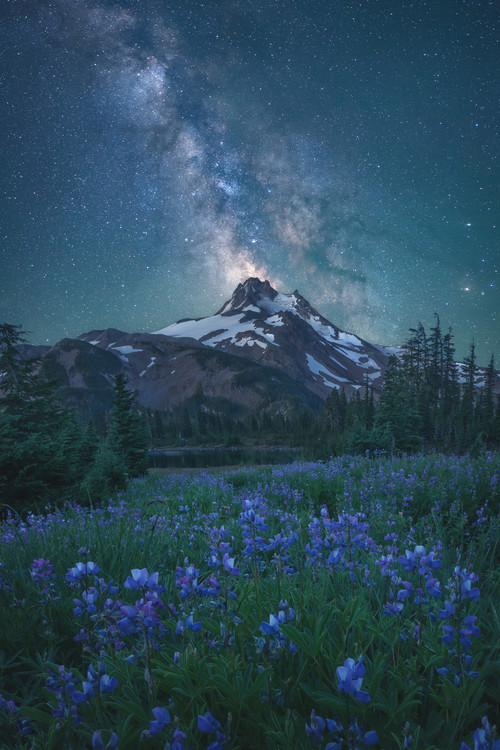Umjetnička fotografija Milky Way Above Mt. Jefferson