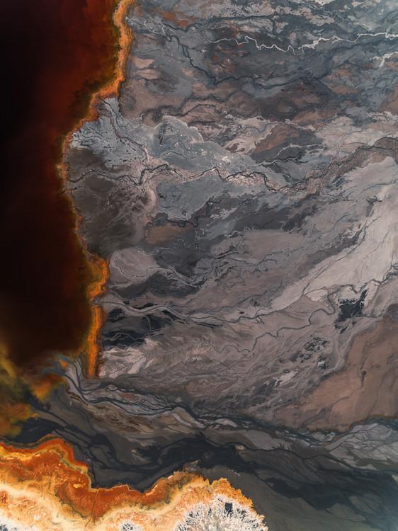 Umjetnička fotografija Sediments lake inside abandone mine